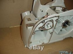 Stihl Chainsaw 070 090 Crankcase With Bearings New # 1106 020 2506