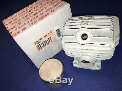 Stihl Chainsaw OEM New MS460 046 cylinder piston rings 1128 020 1221 Mahle 52mm
